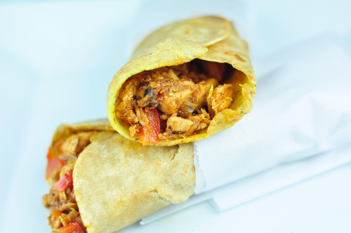 Chicken kathi roll with egg and bell peppers antos kitchen chicken kathi roll forumfinder Image collections