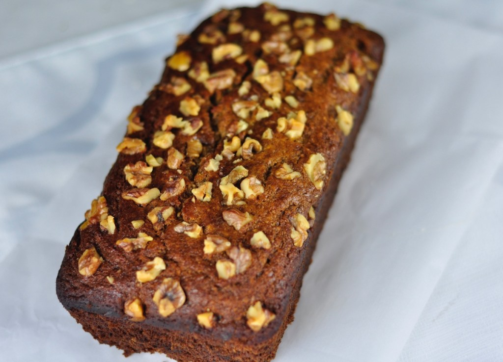 EGGLESS DATE NUT BREAD WITH OATS AND WHOLE WHEAT FLOUR