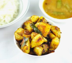 Potato Pepper Fry (Aloo Pepper Fry)