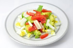 AVOCADO EGG SALAD- HEALTHY LUNCH WITH VEGETABLES IN 20 MINS
