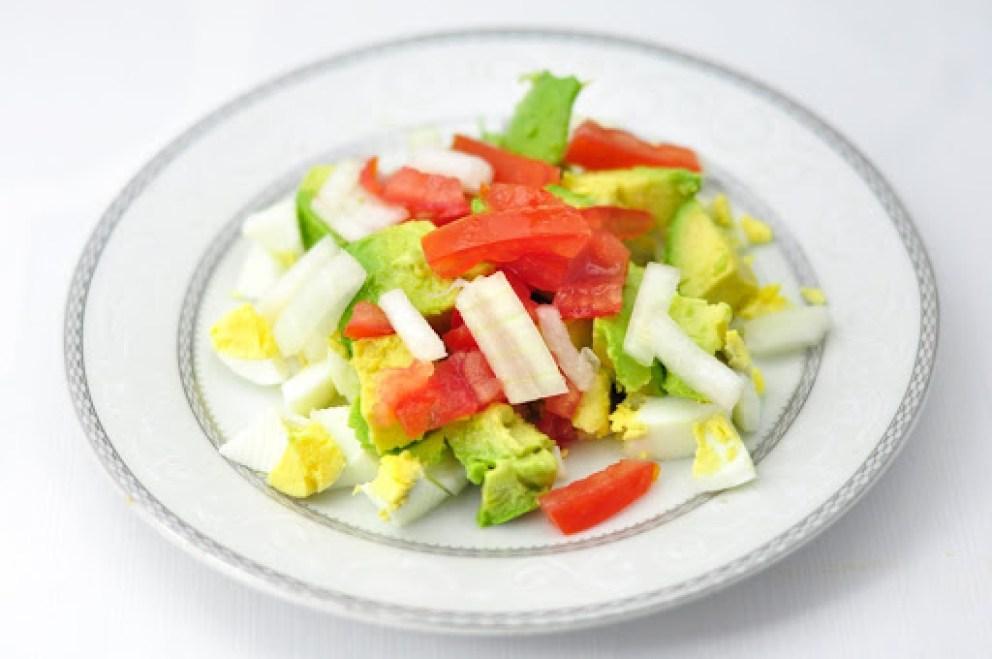avocado boiled egg salad