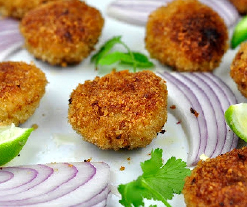 HOW TO MAKE THAI STYLE SHRIMP CAKES?