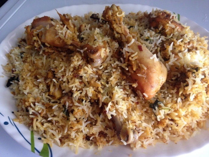 Hyderabadi-chicken-dum-biryani