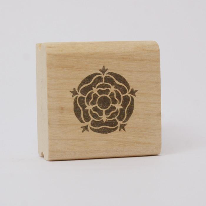 ANTSPAUDAS Heraldinė rožė-0