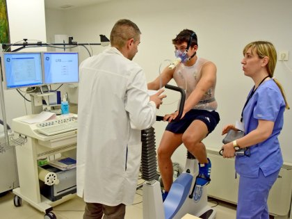 Les revisions mèdiques, el pas pendent del waterpolo