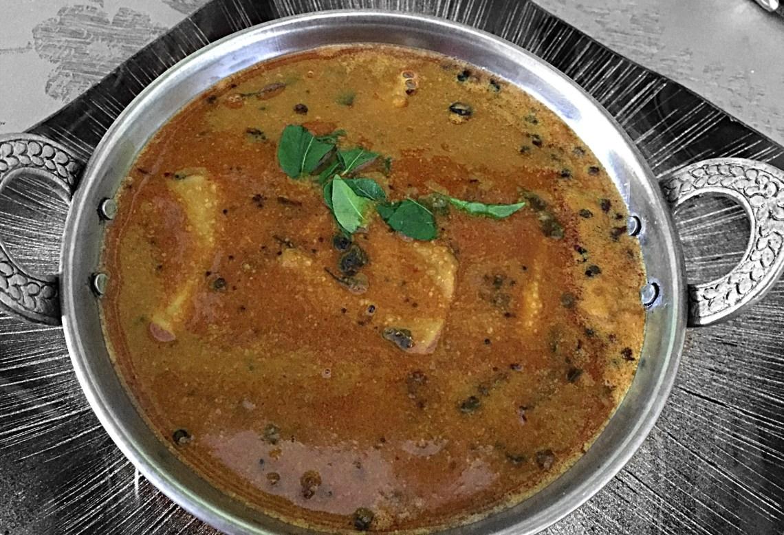 Arusuvai Arasu Vatha Khuzhambu