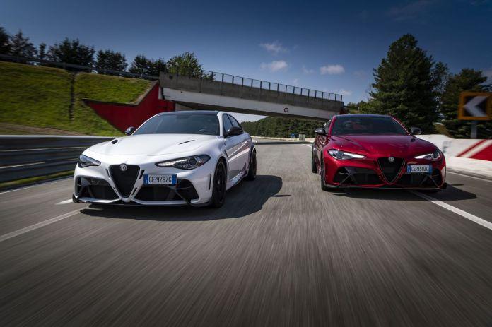 अल्फा रोमियो गिउलिया GTA और GTAm ट्रैक और सड़क पर परीक्षण का वीडियो