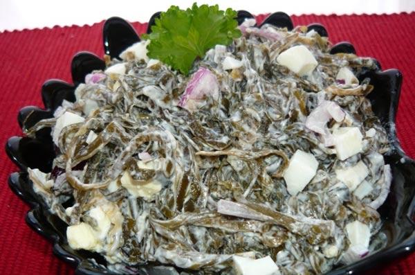 Салат витаминный с морской капустой