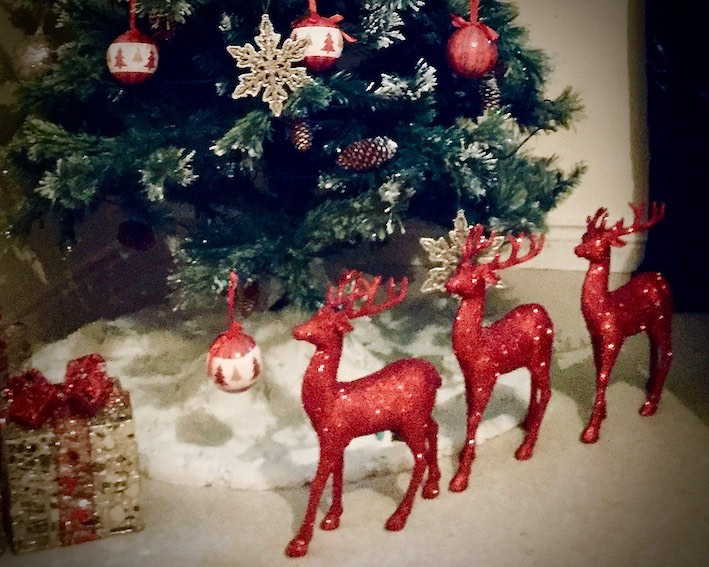 reindeer decorations and tree
