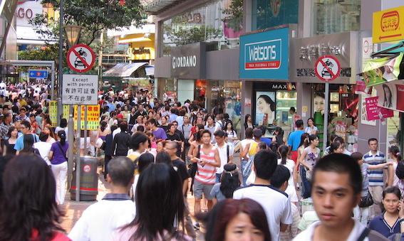 crowds in street density