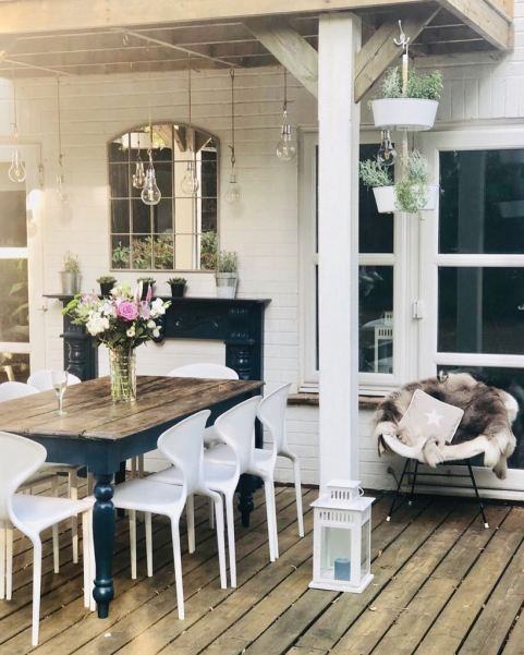upcycled outdoor dining area