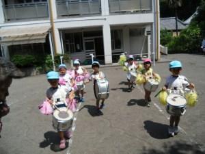 鼓隊の練習♪