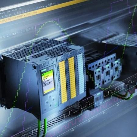 6940-tia-portal-advanced-controller-151105-01-cmyk