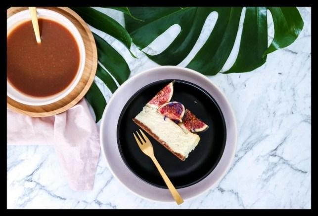 Cheesecake à la figue, au chocolat blanc et au caramel