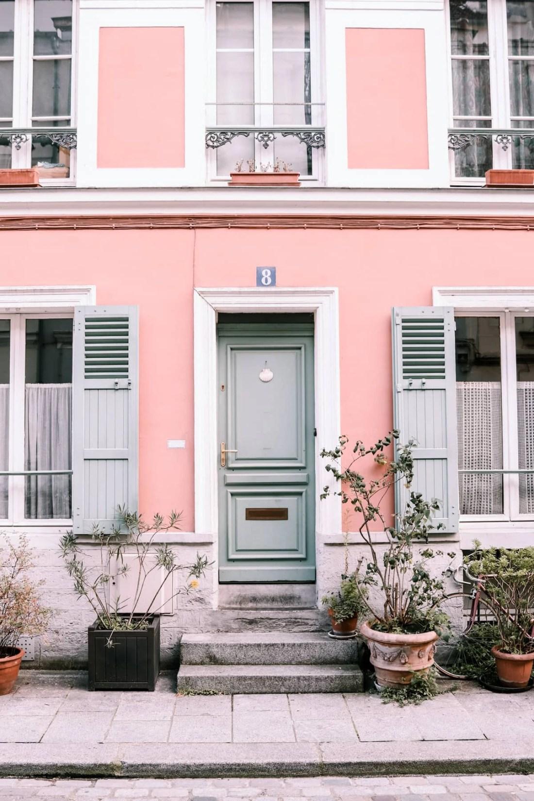 Beautiful Rue Crémieux in Paris