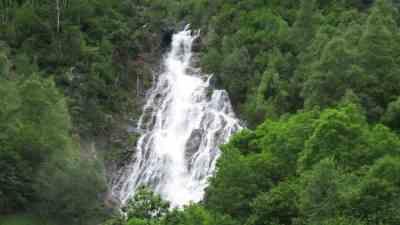 Cascada Espigantosa.jpg 2