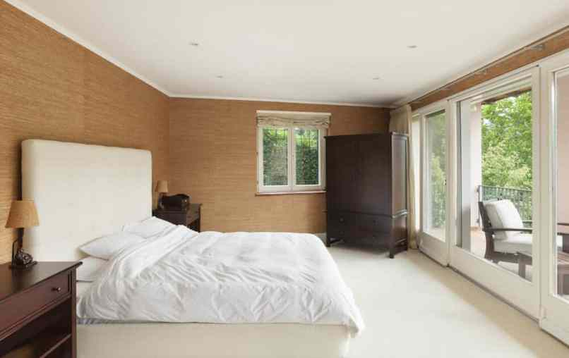 Arranging Small Bedroom How To Arrange Furniture In Your Apartmentguide.  Arranging Small Bedroom Ways To Set Up A Home Design