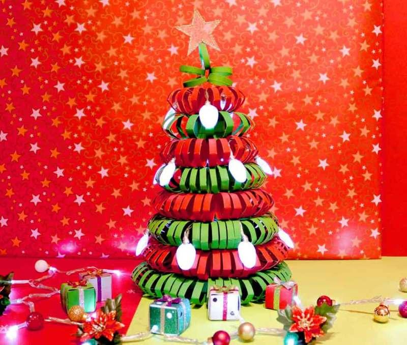 como hacer un arbol de navidad de carton