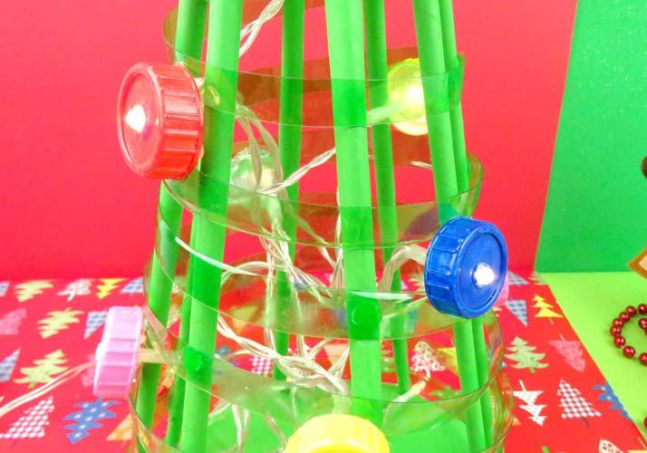 como hacer un árbol de navidad reciclado