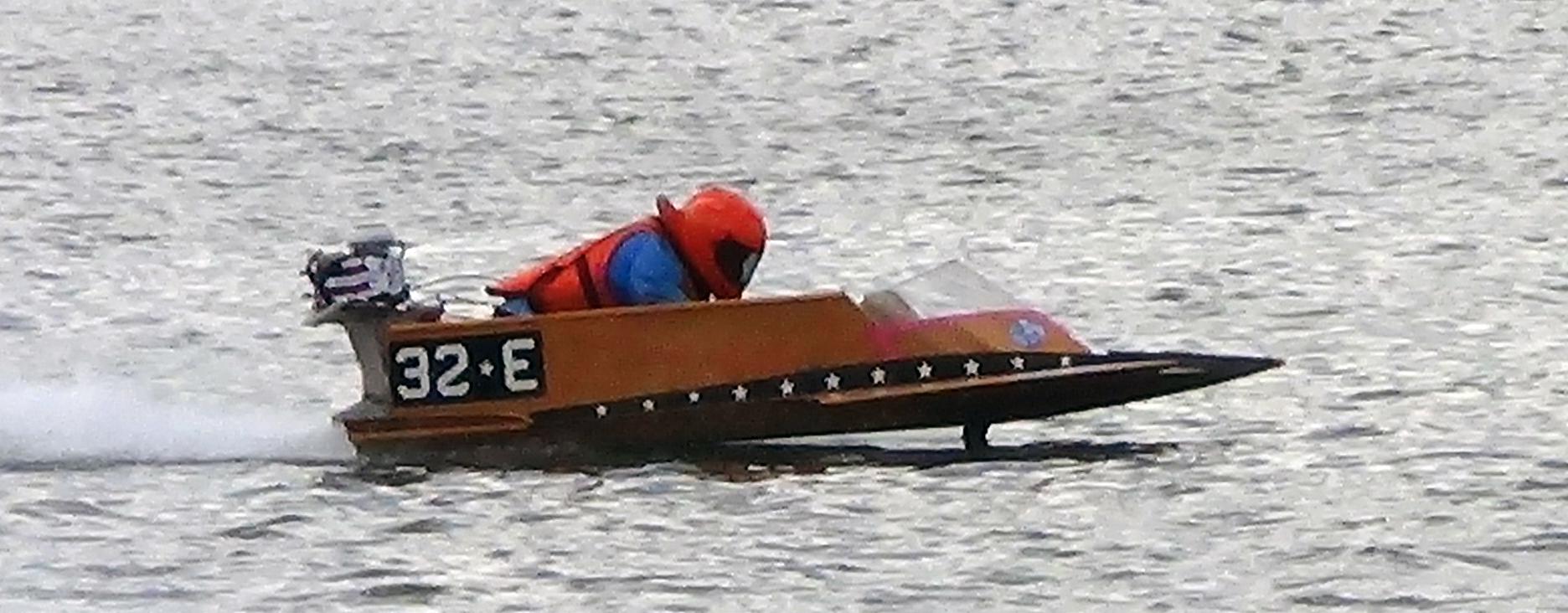 Vintage OUTBOARD motor boat racing! | D.B.R.C. RACING