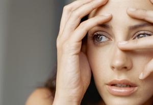 Immagine di donna affetta dal disturbo-ossessivo-compulsivo-cura