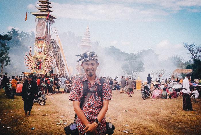 Apel Photography - Street Photography - Journalist Photographers - Bali Masive Cremationan Ceremony - Ngaben di Nusa Penida - Bali Monochrome Photographers (61)