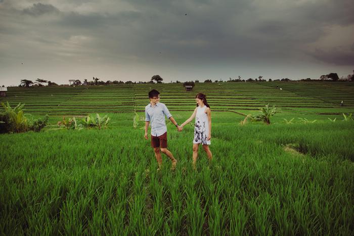 Apelphotography - Baliweddingphotography - engagementinbali-preweddinginbali-pandeheryana-lembonganwedding (29)