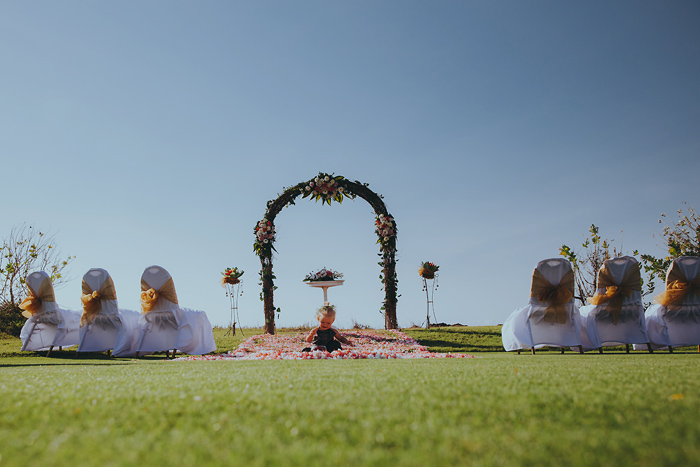 Apelphotography-NewKutaGolfWedding-Baliwedding-Bestweddingphotographers-Pandeheryana-BaliBeachWedding (14)