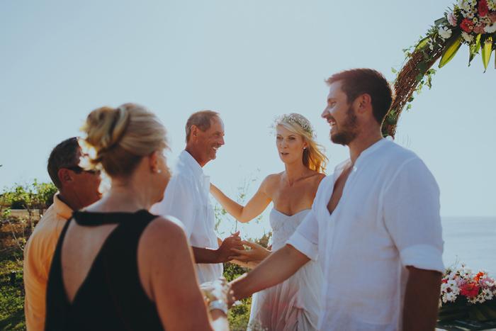 Apelphotography-NewKutaGolfWedding-Baliwedding-Bestweddingphotographers-Pandeheryana-BaliBeachWedding (42)