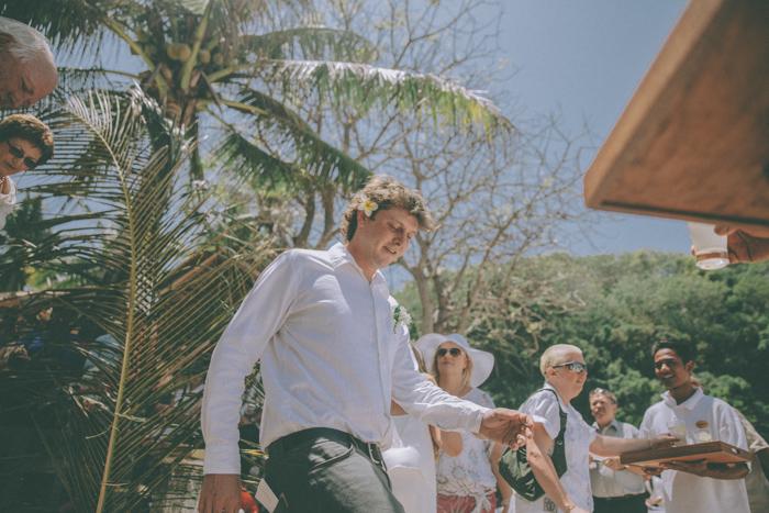 baliweddingphoto – weddingphotographers – destinationweddingbali – whitesandwedding – campuhanvillawedding – bestweddingphotographers (27)