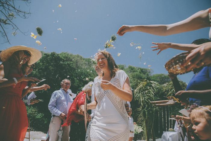 baliweddingphoto – weddingphotographers – destinationweddingbali – whitesandwedding – campuhanvillawedding – bestweddingphotographers (41)