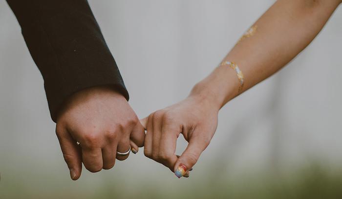 lombokweddingphotography-baliweddingphotography-topbaliphotographers-engagement-postwedding-photographersinbali-baliweddingphoto-photography-apelphotography-pandeheryana_13