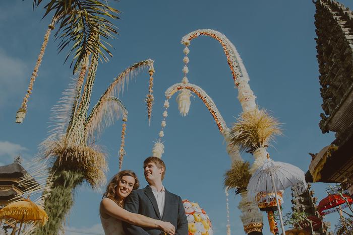lombokweddingphotography-baliweddingphotography-topbaliphotographers-engagement-postwedding-photographersinbali-baliweddingphoto-photography-apelphotography-pandeheryana_25