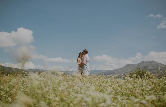 lombokweddingphotography-baliweddingphotography-topbaliphotographers-engagement-postwedding-photographersinbali-baliweddingphoto-photography-apelphotography-pandeheryana_44