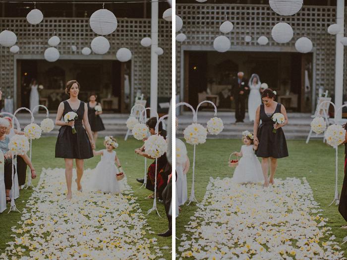 Pandeheryana_baliweddingphotography-baliwedding-photographersinbali-weddingatJeevaSaba-lombokweddingphoto-lembonganweddingphoto-nusapenida-bestweddingphotographers_41_