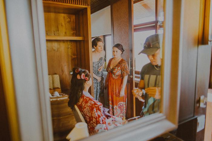 Pandeheryana_baliweddingphotography-baliwedding-photographersinbali-weddingatJeevaSaba-lombokweddingphoto-lembonganweddingphoto-nusapenida-bestweddingphotographers_5