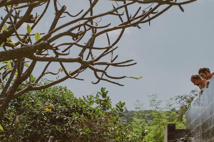 apelphotography-QunciPoolVillaWedding-Lombokweddingphotography-sengigilombok-baliwedding-pandeheryana-lombokphotos-lembonganwedding-bestweddingphoto-photographers_24