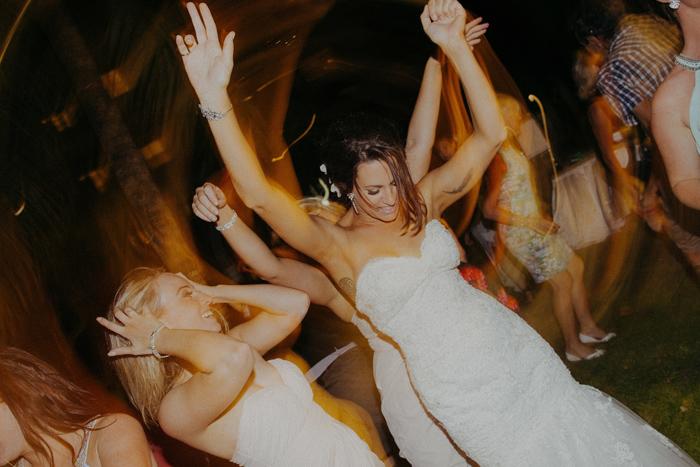 apelphotography-astonbaliwedding-weddingphotographers-baliweddingphotography-destinationwedding-lembonganwedding-lombokweddingphoto-bestweddingphotographersinbali-pandeheryana_108