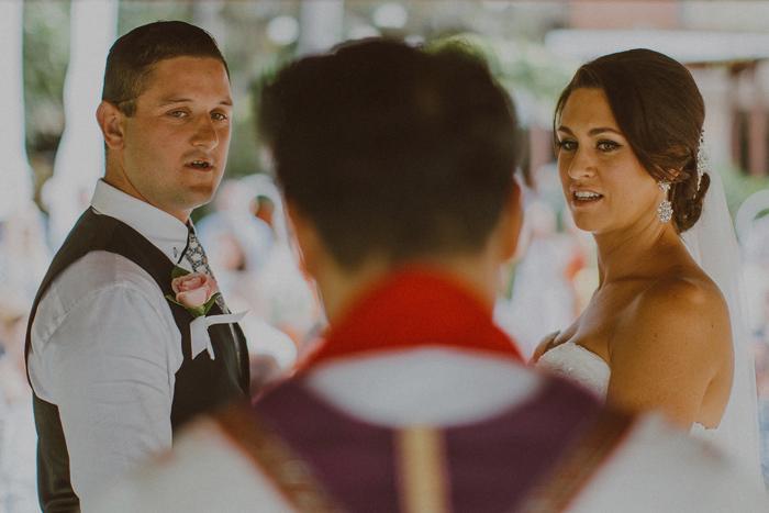apelphotography-astonbaliwedding-weddingphotographers-baliweddingphotography-destinationwedding-lembonganwedding-lombokweddingphoto-bestweddingphotographersinbali-pandeheryana_52
