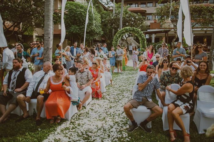 apelphotography-astonbaliwedding-weddingphotographers-baliweddingphotography-destinationwedding-lembonganwedding-lombokweddingphoto-bestweddingphotographersinbali-pandeheryana_57_