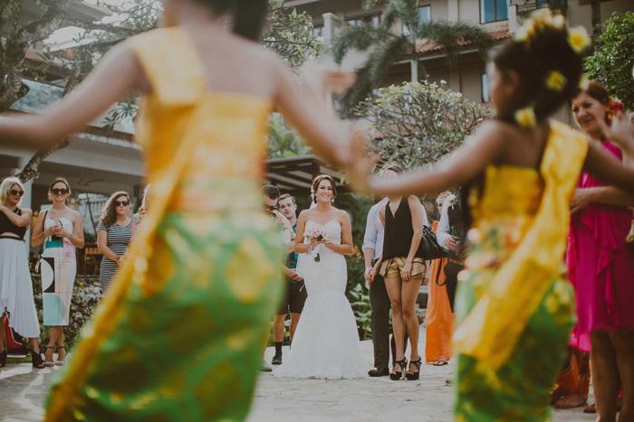 apelphotography-astonbaliwedding-weddingphotographers-baliweddingphotography-destinationwedding-lembonganwedding-lombokweddingphoto-bestweddingphotographersinbali-pandeheryana_62