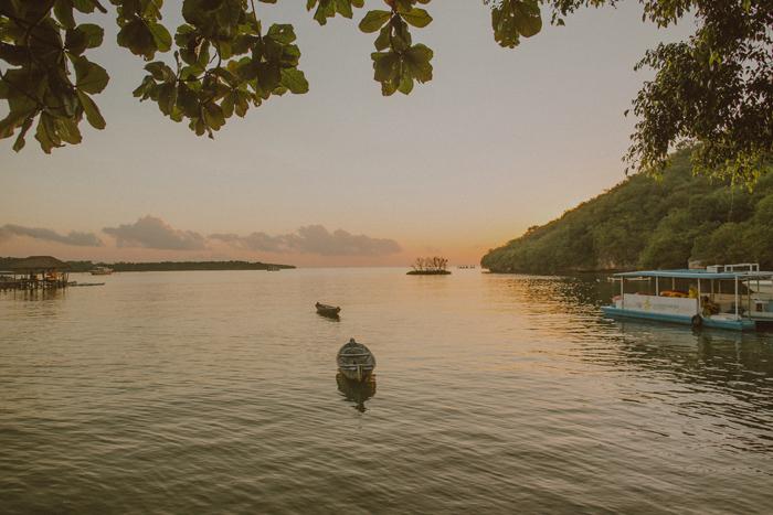 baliphotographers-baliweddingphoto-apelphotography-lembonganweddingphotography-lombokphotoswedding-engagement-preweddinginbali-pandeheryana_1