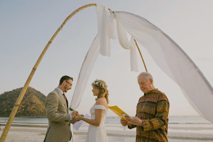selongbalanaklombokwedding-lombokweddingphotography-baliweddingphotography-destinationwedding-vscofilm_70