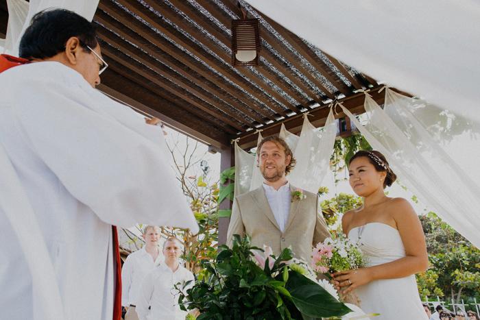 baliweddingphotography-kayumanisnusaduawedding-apelphotography-lembonganwedding-lombokweddingphotography-pandeheryana-bestweddingphotographers_72