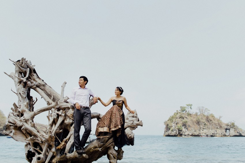 baliweddingphotography-preweddinginnusapenidaisland-lembonganprewedding-lombokweddingphotography-pandeheryana-bestweddingphotography_nusapenidaprewedding-nusapenidahotels-35