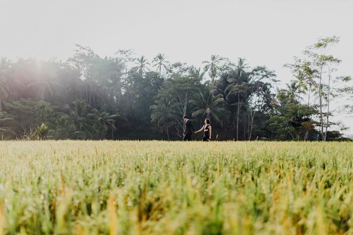 baliweddingphotographers-pandeheryana-bestbaliphotographers-weddinginbali-preweddinginbali-engagementphotography-vscofilmpreset-lombokweddingphotography_28