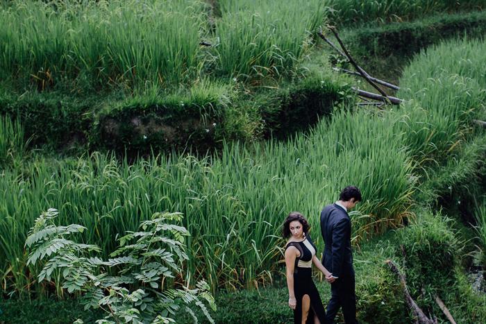 baliweddingphotographers-pandeheryana-bestbaliphotographers-weddinginbali-preweddinginbali-engagementphotography-vscofilmpreset-lombokweddingphotography_48