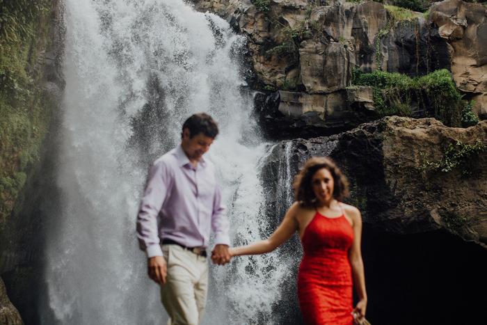 baliweddingphotographers-pandeheryana-bestbaliphotographers-weddinginbali-preweddinginbali-engagementphotography-vscofilmpreset-lombokweddingphotography_60