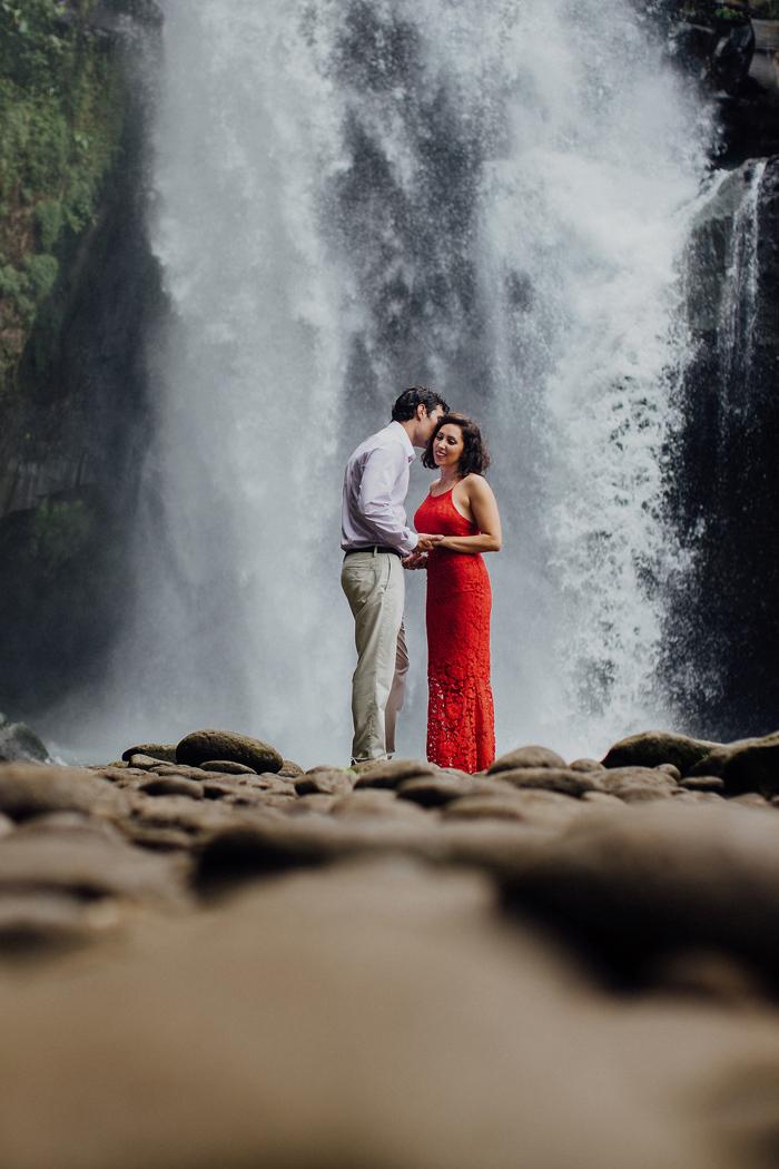 baliweddingphotographers-pandeheryana-bestbaliphotographers-weddinginbali-preweddinginbali-engagementphotography-vscofilmpreset-lombokweddingphotography_84