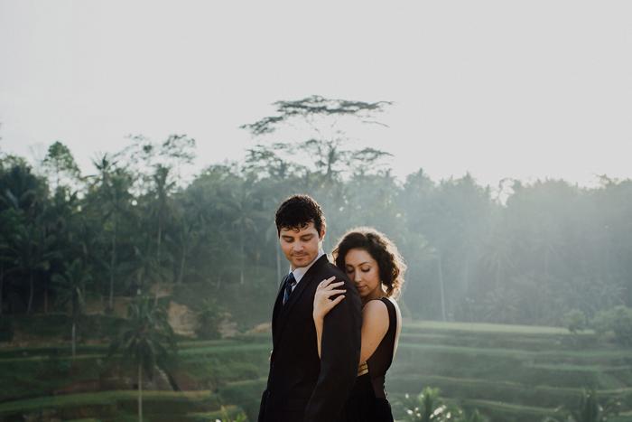 baliweddingphotographers-pandeheryana-bestbaliphotographers-weddinginbali-preweddinginbali-engagementphotography-vscofilmpreset-lombokweddingphotography_9